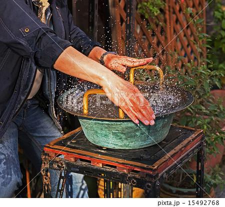 神戸元町中華街の魚洗鍋(風水の鍋) 15492768