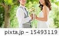 ウエディングドレス ブーケ ブライダルの写真 15493119