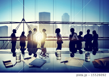 Silhouettes of Business People Brainstorming Inside the Officeの写真素材 [15526092] - PIXTA