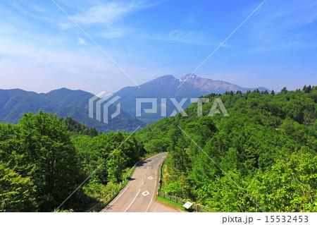 磐梯吾妻レークラインと磐梯山 15532453
