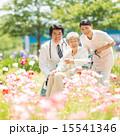 医者 看護師 新緑の写真 15541346