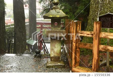灯篭 須山浅間神社 ハートの灯篭  15550336