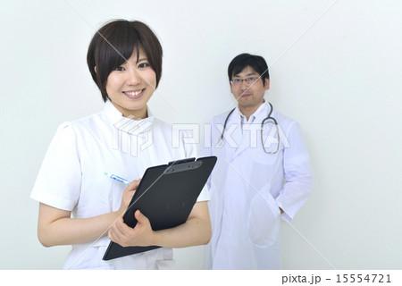 医者と看護婦 15554721