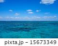 沖縄県 小浜島、嘉弥真島近くの海 15673349