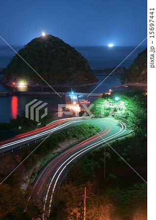 夜の居組漁港(兵庫県美方郡新温泉町 七坂八峠) 15697441