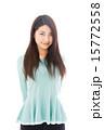 アジア人 カメラ目線 女性の写真 15772558