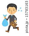 ゴミ出しをするサラリーマン 15783163