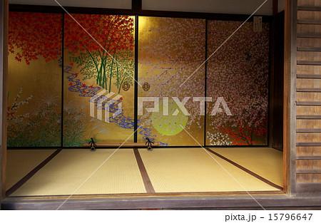 京都、圓光寺の襖絵 15796647