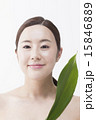 葉っぱ アジア人 アジアンの写真 15846889