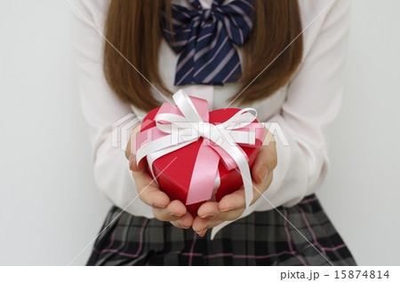 私のプレゼント、受け取ってください 15874814