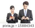 スマホ ビジネス 人物の写真 15884343