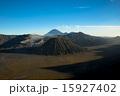 ブロモ山とスメル山  15927402