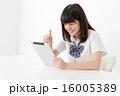 タブレット 人物 女性の写真 16005389