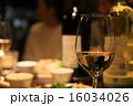 パーティー(ディナー)とワイングラスの画像 16034026