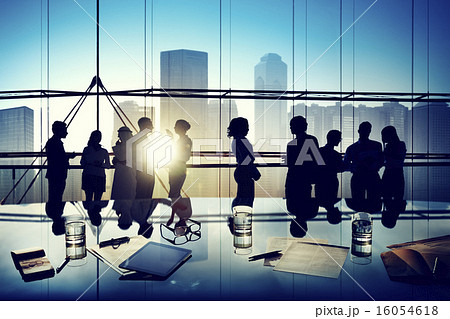 Silhouettes of Business People Brainstorming Inside the Officeの写真素材 [16054618] - PIXTA