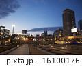 夕暮れの街 16100176