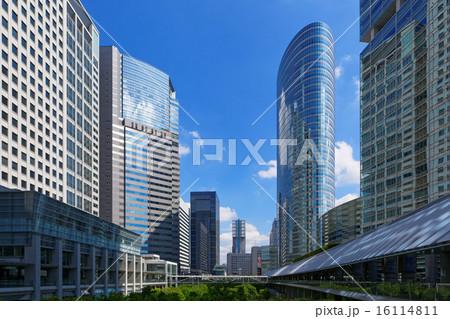 品川インターシティと品川グランドコモンズの高層ビル群 16114811