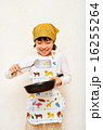 料理をする女の子 16255264