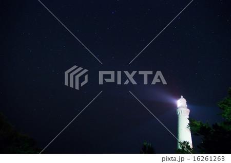 満天の星と日御碕灯台 16261263