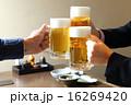 生ビールで乾杯 16269420