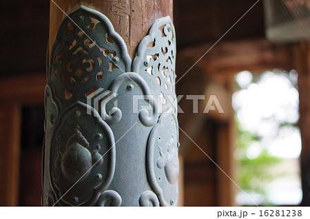 お寺の飾り金具 16281238