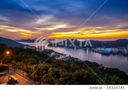 長崎の夕陽 16320781