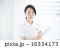 女性看護師 16334173