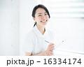 女性看護師 16334174