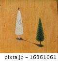 共生〜人と木 TreeWoman 16361061