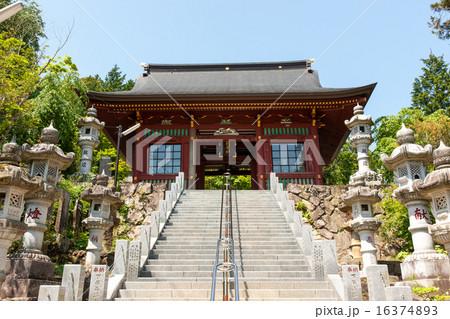 武蔵御嶽神社随神門 16374893