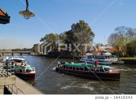 アルゼンチン ブエノスアイレス パラナ川のデルタ地帯 16410343
