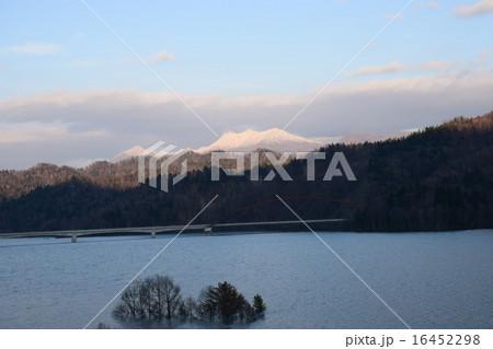 シューパロ湖 16452298