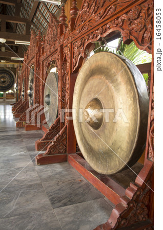 gong music instrument oriental Asian loud conceptの写真素材 [16458053] - PIXTA