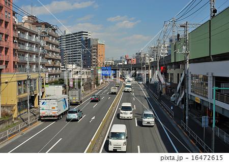 京浜急行鮫洲駅付近の第一京浜 16472615