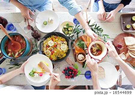オーガニックフードランチ ホームパーティー 16544699
