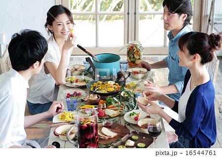 オーガニックフードランチ ホームパーティー 16544761