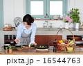 ズッキーニ 野菜 キッチンの写真 16544763