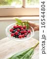 ラズベリー 果物 果実の写真 16544804