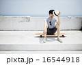 男性ポートレート、スケートボート 16544918