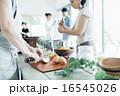 ホームパーティ、食事 16545026