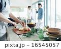 ホームパーティ、食事 16545057