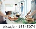 ホームパーティ、食事 16545074