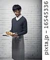 オシャレカフェ店員 16545336