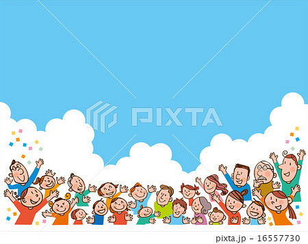 注目する大勢の人たちと青空,雲 16557730