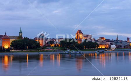Old town of Torun at night, Kuyavia-Pomerania