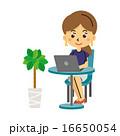 パソコンをする女性【三頭身・シリーズ】 16650054