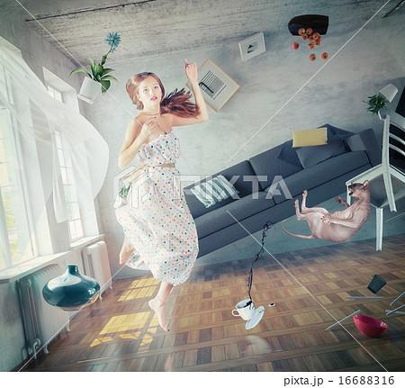zero gravity  girl 16688316