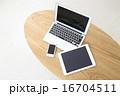 パソコン タブレット スマホ 16704511