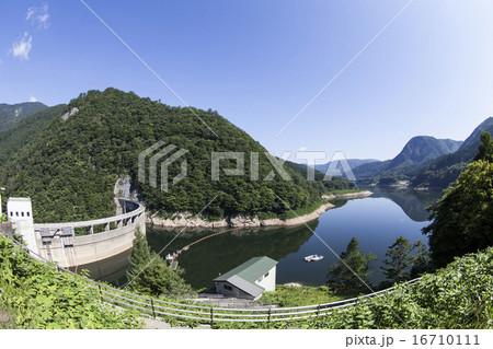宮城県大崎市 鳴子ダムと荒雄湖(魚眼レンズ使用) 16710111
