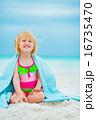楽しい タオル ビーチの写真 16735470